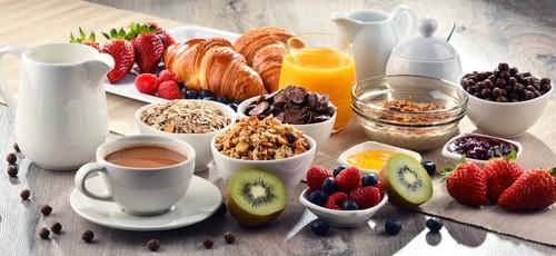Café-da-manhã completo.